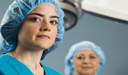 Photographie de deux infirmières