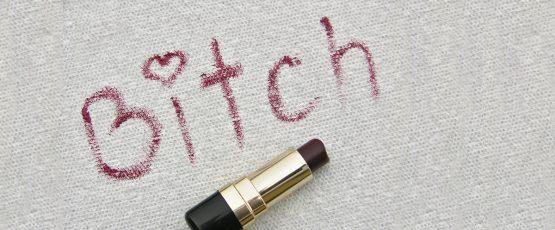 Illustration avec le mot bitch.