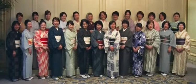 Photographie des productrices de saké.