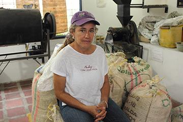 Angelica Escobar, caféicultrice et propriétaire de la Finca La Paz