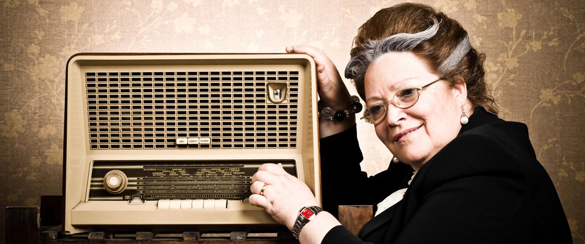 Bannière – Pionnières des ondes : la radio d'hier à demain